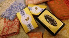 artigianato-toscano-saponi e asciugamani